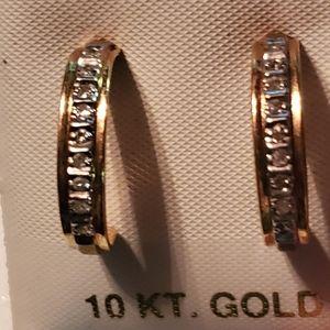 10kt diamond earrings